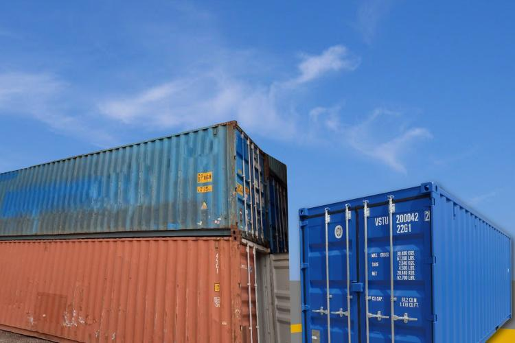 Used containers, container rental, container leasing, container purchase.